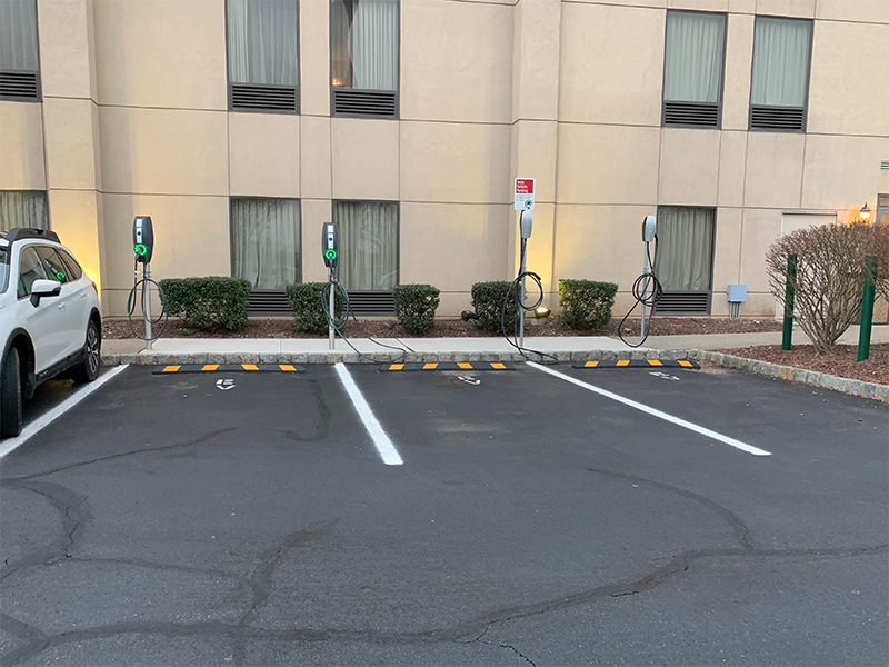 EV Chargers at Hampton Inn - Clinton